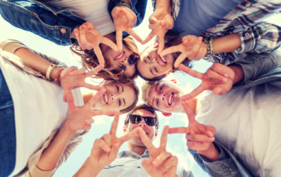 8 Tips for Building Lasting Friendships