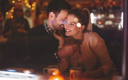 6 Signs That Your First Date is a Success